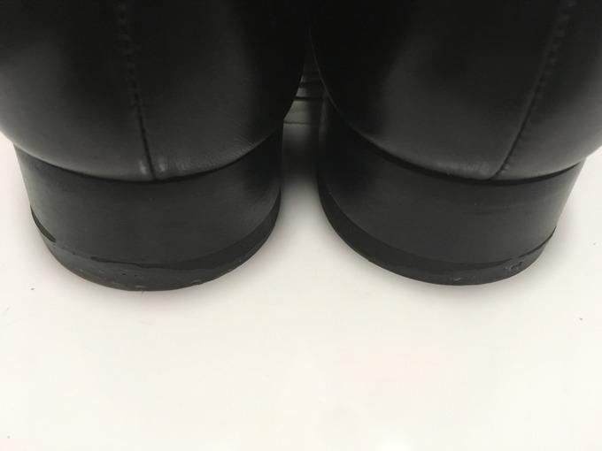 シューズドクターで靴底を補修