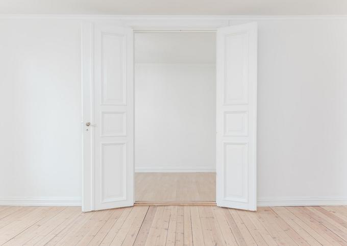 断捨離 白い部屋